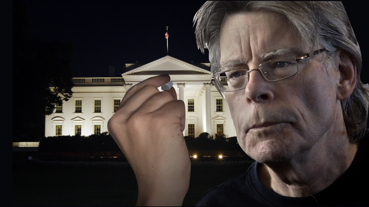 Stephen King Spent Last Night Throwing Pebbles at Donald Trump's Bedroom Window